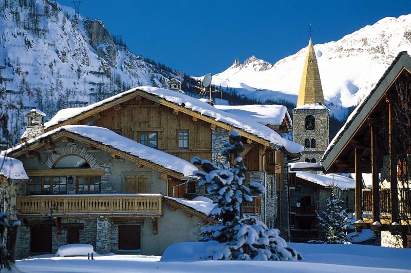 estaci n de esqu val d isere alpes franceses alpeski especialistas de esqu en los alpes. Black Bedroom Furniture Sets. Home Design Ideas